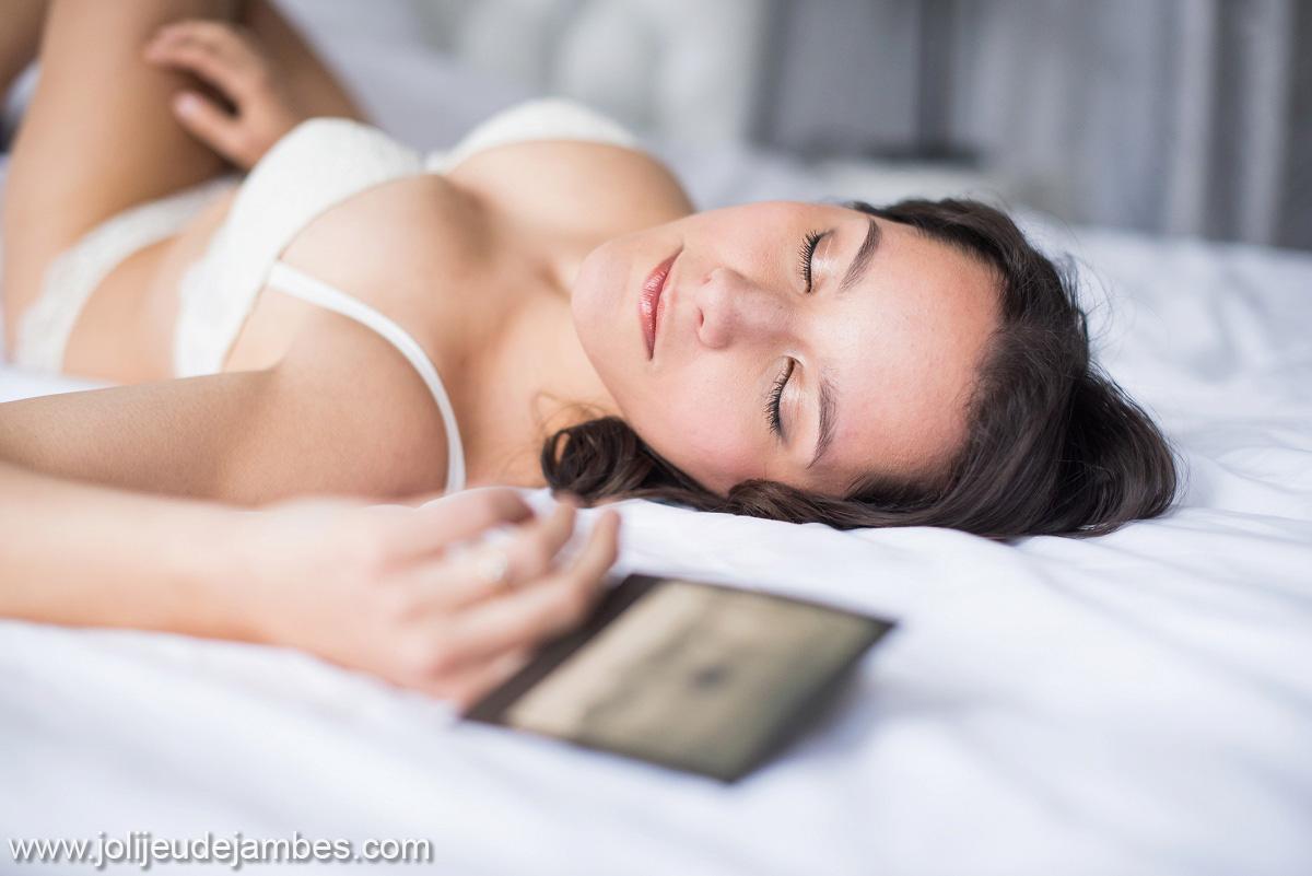 photographe lingerie nord - de belles photos boudoir pour offrir à son mari - idée cadeau mariage