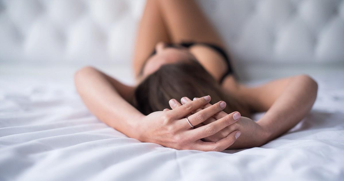 photographe lingerie boudoir en chambre d'hôte Lille