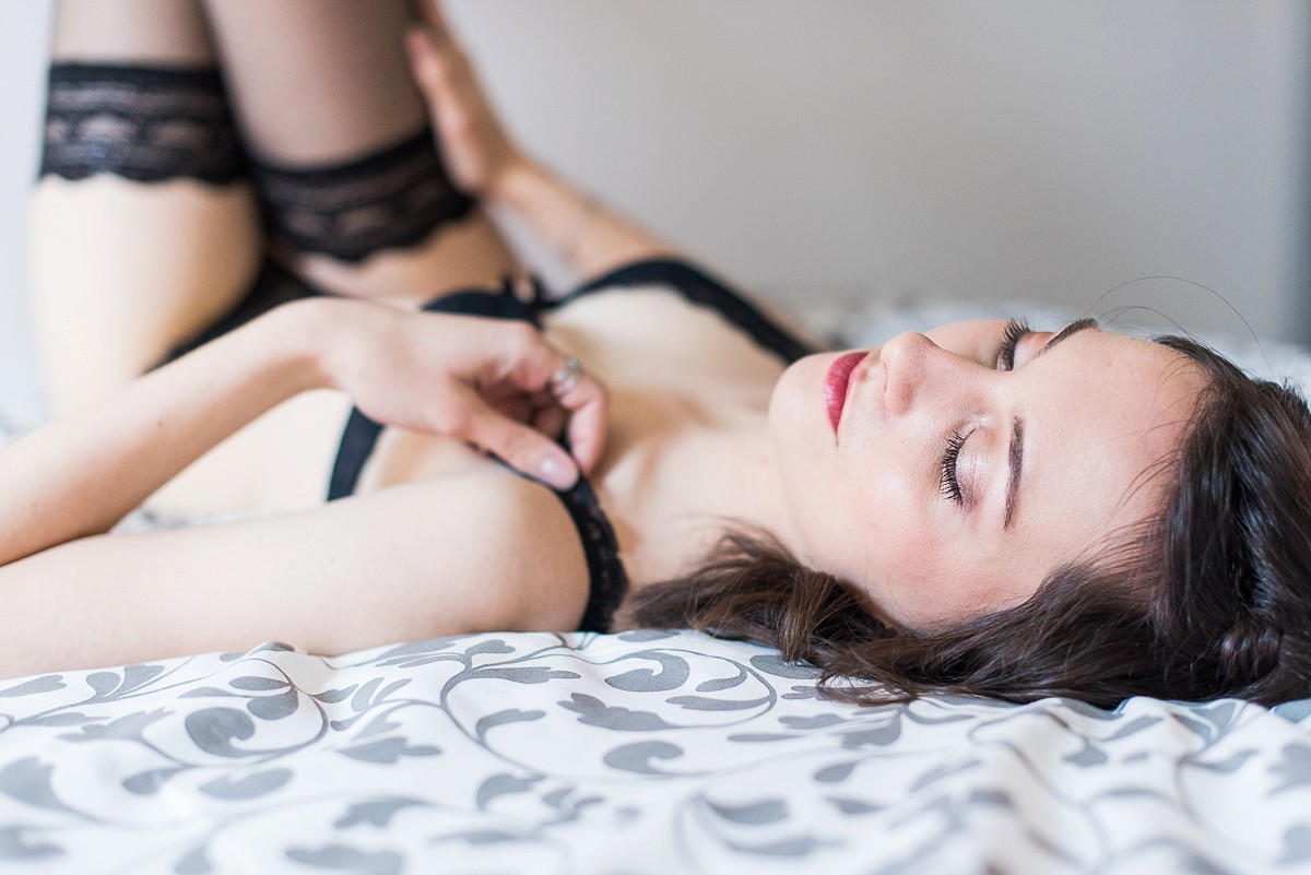 seance-photo-lingerie-domicile-photographe-boudoir-lille-nord-hauts-de-france-paris-5