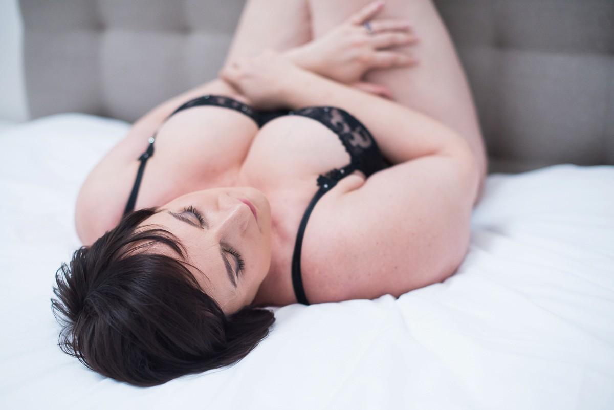 magnifique séance photo lingerie femme ronde nord pas de calais lille