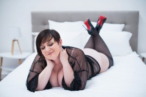 photographe-lingerie-cocooning-boudoir-nord-seance-photo-glamour-lille (13)
