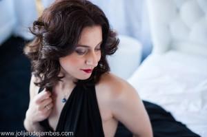 seance-photo-boudoir-lille-paris-photographe-nord-femme-glamour-belle-sensuelle (1)
