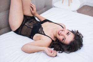 photographe-femmes-seance-photo-boudoir-studio-glamour-lille-tourcoing